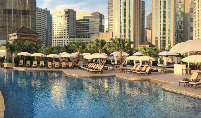 Mandarin-Oriental-Kuala-Lumpur-pool-700x410